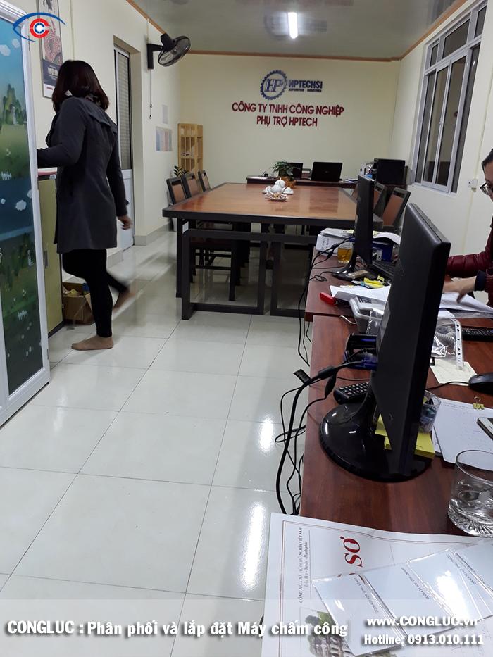 lắp máy chấm công tại công ty HPTECH An Dương Hải Phòng