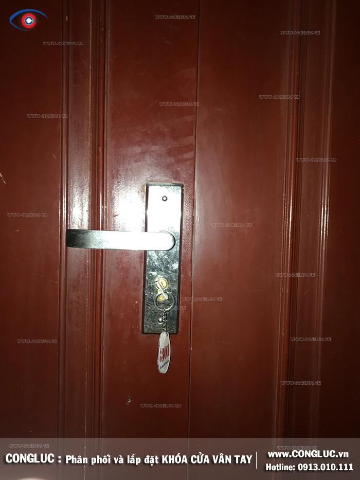 Lắp khóa cửa khách sạn tại đường Văn Cao Hải Phòng