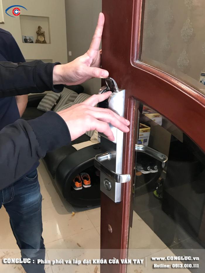 Lắp khóa vân tay cho gia đình tại Lê Chân Hải Phòng