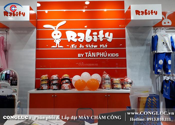 lắp máy chấm công tại siêu thị BigC Hải Phòng - Shop thời trang Rabity