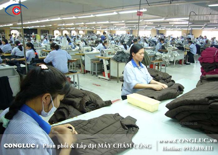 lắp đặt máy chấm công cho nhà xưởng nhà máy
