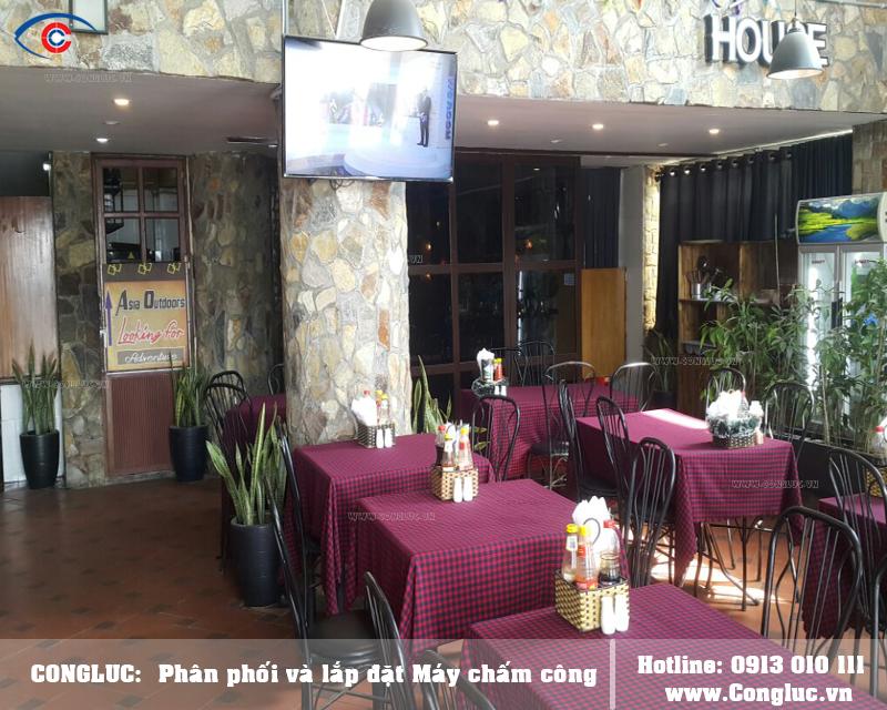 Lắp máy chấm công cho nhà hàng Noble House tại Cát Bà Hải Phòng