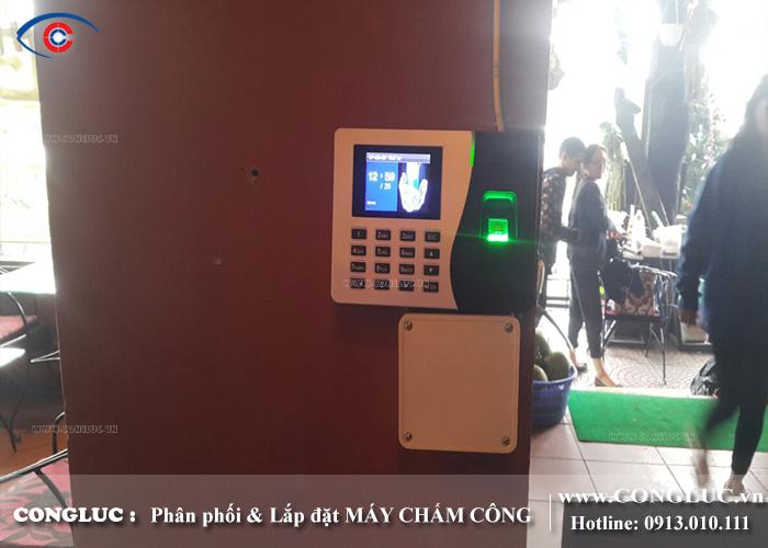 lắp máy chấm công cho nhà hàng Osis Bar tại cát Bà Hải Phòng